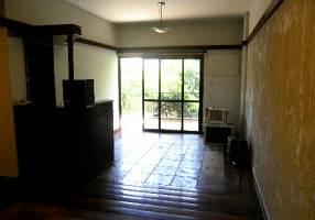 Apartamento com 4 Quartos à venda, 145m²