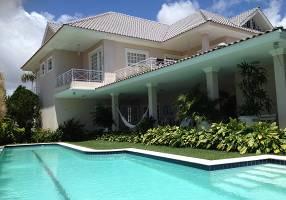 Casa de Condomínio com 6 Quartos para venda ou aluguel, 800m²