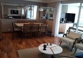 Apartamento com 4 Quartos à venda, 141m²