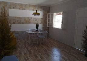 Casa com 4 Quartos à venda, 196m²