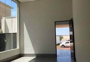Casa de Condomínio com 4 Quartos à venda, 195m²