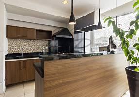 Apartamento com 3 Quartos à venda, 218m²