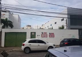 Casa com 3 Quartos para venda ou aluguel, 103m²