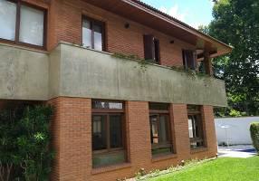 Casa com 4 Quartos à venda, 540m²