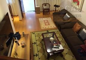 Sobrado com 5 Quartos para venda ou aluguel, 105m²