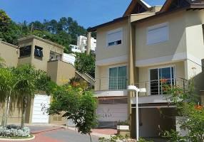 Casa de Condomínio com 4 Quartos à venda, 280m²