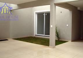 Casa com 4 Quartos para venda ou aluguel, 240m²