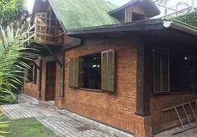 Casa com 1 Quarto para venda ou aluguel, 195m²