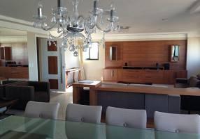 Apartamento com 4 Quartos para venda ou aluguel, 230m²