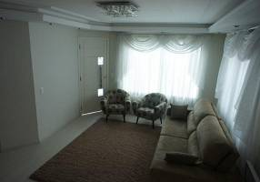 Casa com 3 Quartos à venda, 135m²