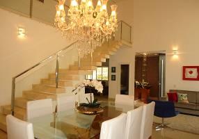 Casa de Condomínio com 4 Quartos à venda, 395m²