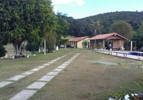 Fazenda/Sítio com 4 Quartos à venda, 340000m²