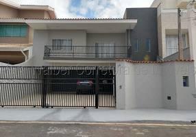 Casa com 3 Quartos à venda, 260m²