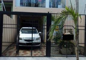 Casa com 3 Quartos à venda, 235m²