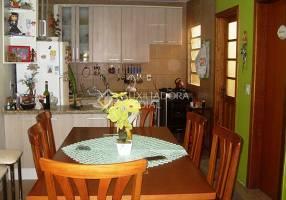 Casa com 3 Quartos à venda, 96m²