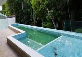 Casa com 5 Quartos à venda, 700m²