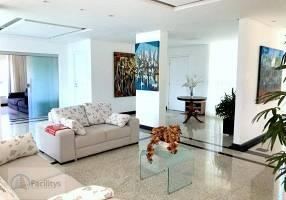 Casa de Condomínio com 5 Quartos à venda, 700m²