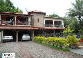 Casa com 4 Quartos à venda, 340m²
