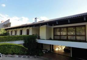 Casa com 5 Quartos à venda, 533m²