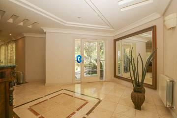Casa com 4 Quartos para venda ou aluguel, 1067m²